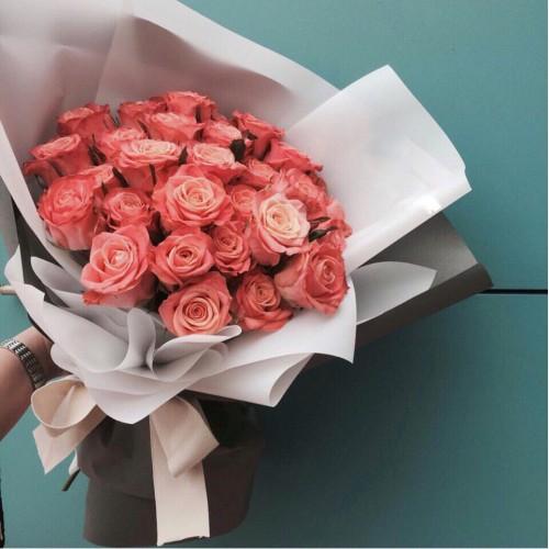 Купить на заказ Заказать Букет из 31 коралловой розы с доставкой по Кокшетау с доставкой в Кокшетау