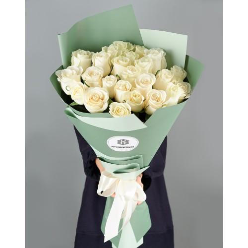 Купить на заказ Заказать Букет из 25 белых роз с доставкой по Кокшетау с доставкой в Кокшетау