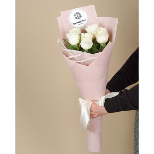 Купить на заказ Заказать Букет из 5 роз с доставкой по Кокшетау с доставкой в Кокшетау