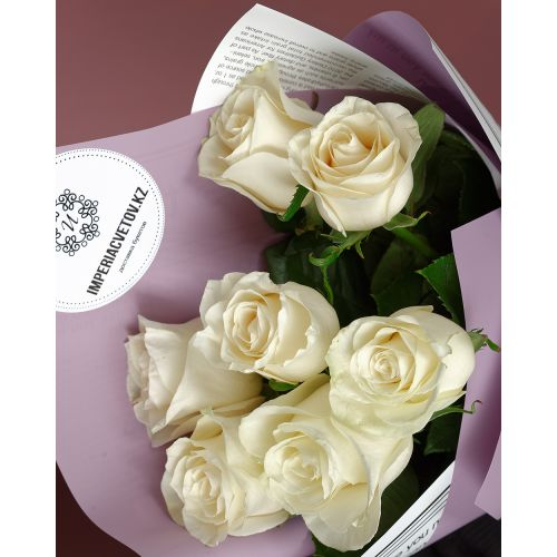 Купить на заказ Букет из 7 белых роз с доставкой в Кокшетау