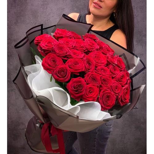 Купить на заказ Букет из 35 красных роз с доставкой в Кокшетау