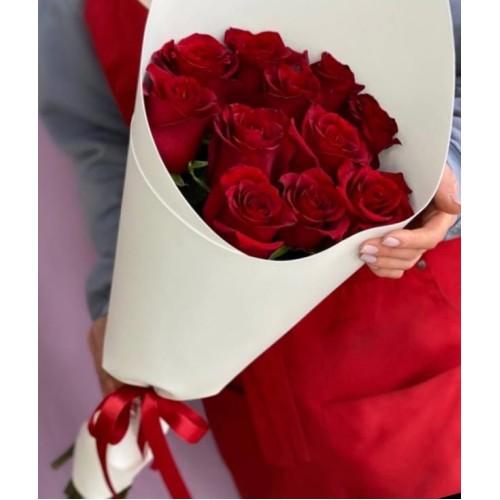 Купить на заказ Букет из 11 красных роз с доставкой в Кокшетау
